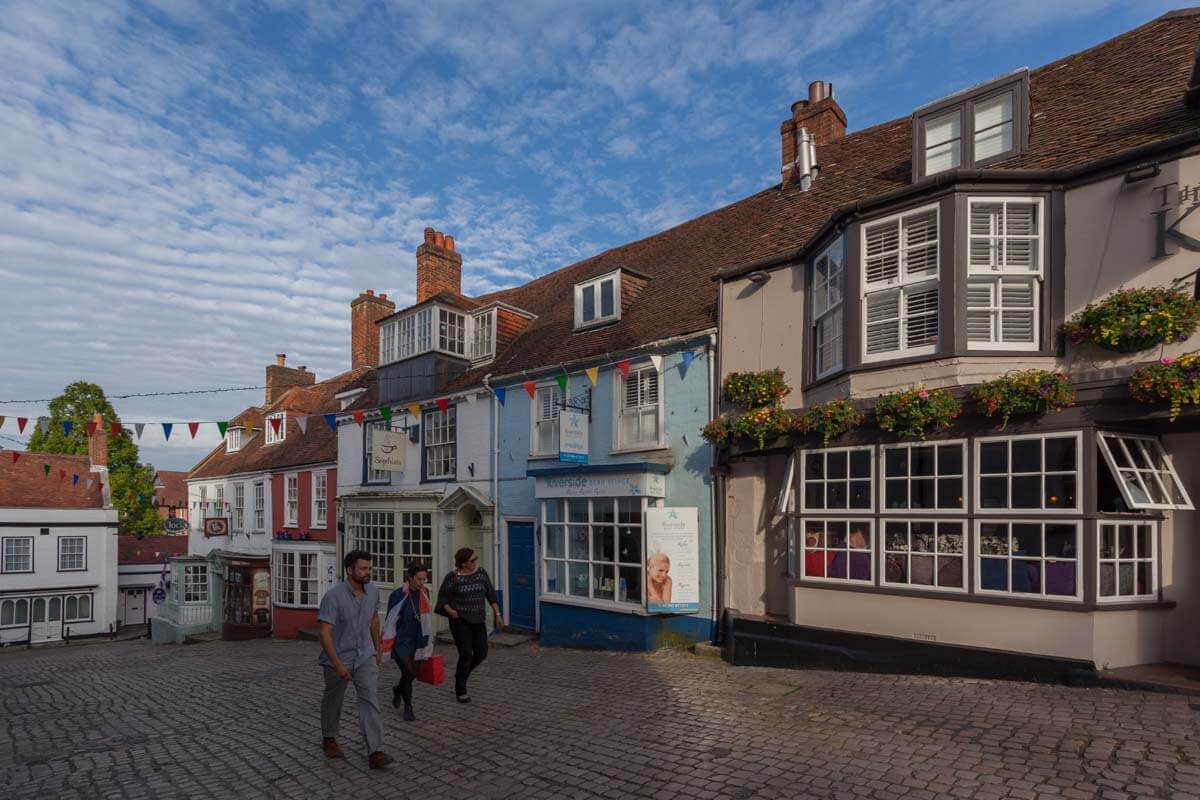 Dog Friendly Places To Eat In Lymington
