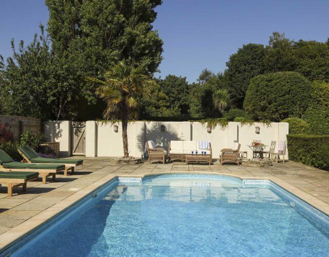 The Breakers Pool - New Forest Escapes